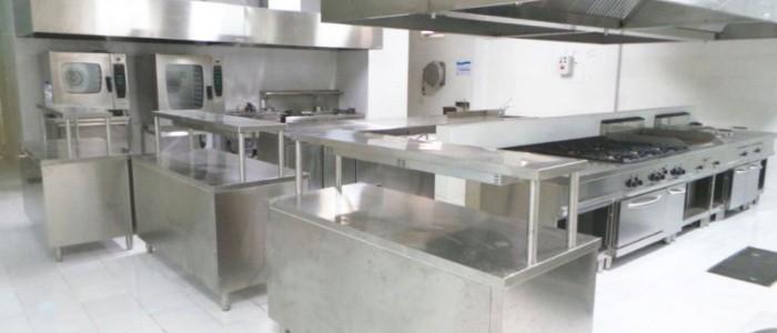 Vì sao nên dùng thiết bị bếp bằng inox?