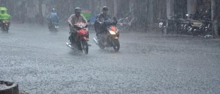 Không khí lạnh tràn về gây mưa lớn ở các tỉnh miền Trung