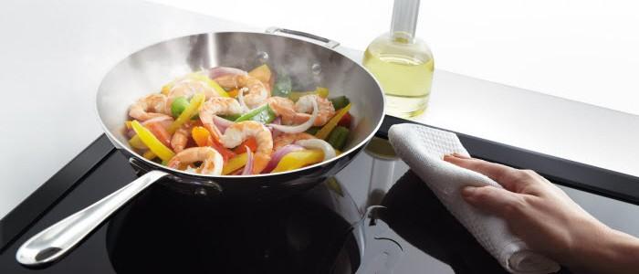 Bếp từ bị nóng bất thường, nguyên nhân và cách khắc phục