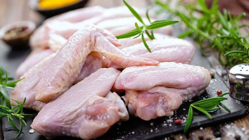 Thịt gà rã đông để chế biến thành các món ăn